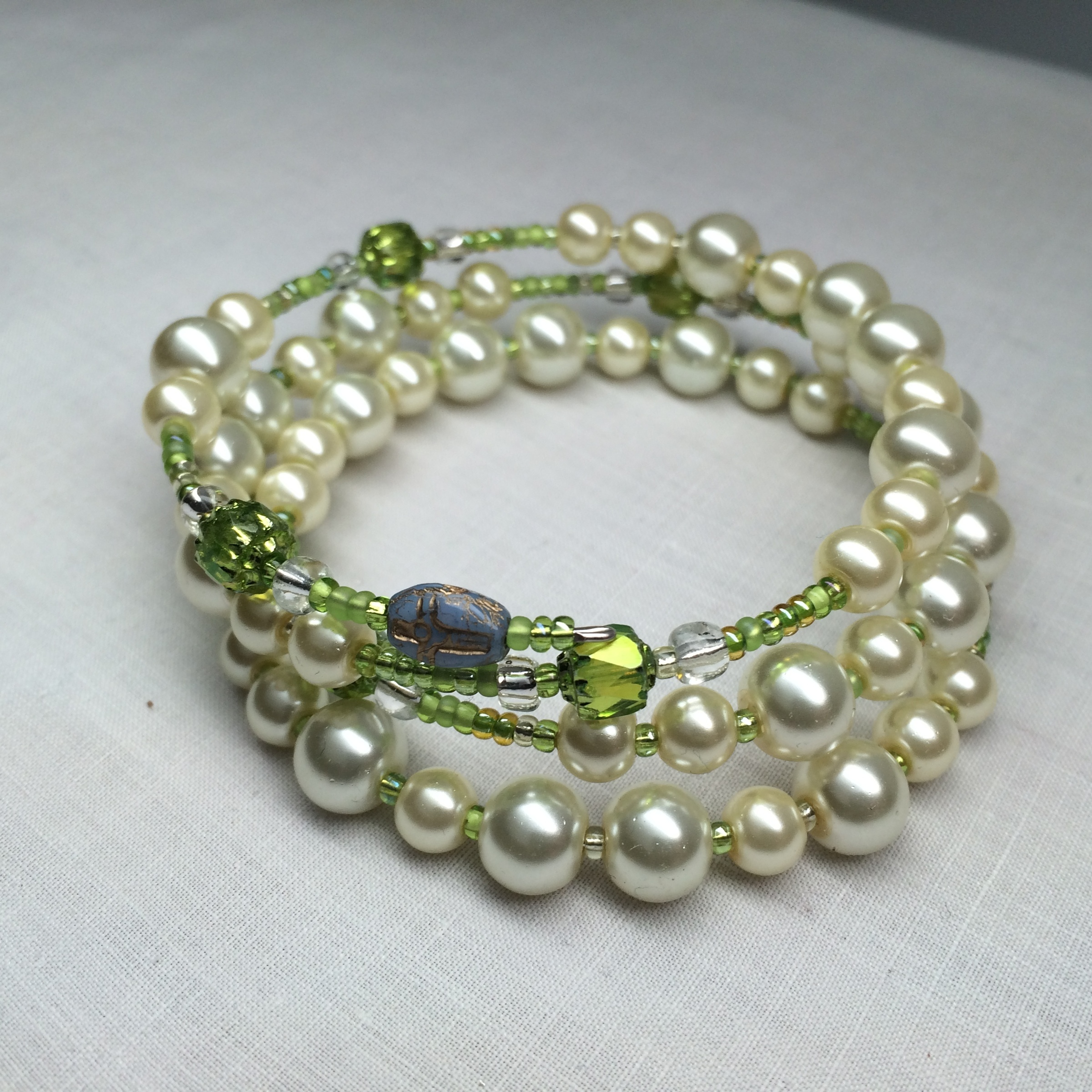 Wrap Around A Rosary Pearl With Bright Green Bracelet